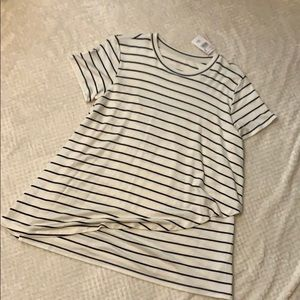 Pea in the pod nursing top
